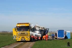 Er werd een poging gedaan om de truck uit te graven