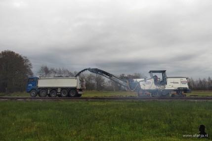 de asfaltfrees aan het werk (5)