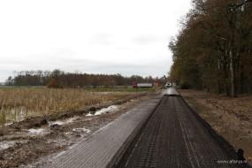 de asfaltfrees gaat water bijtanken