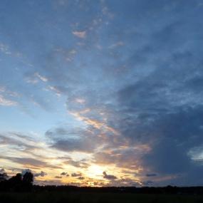 wolken bij zonsondergang - 3