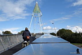 fietsbrug 'de Slinger' - 2 - bike bridge 'the Garland'
