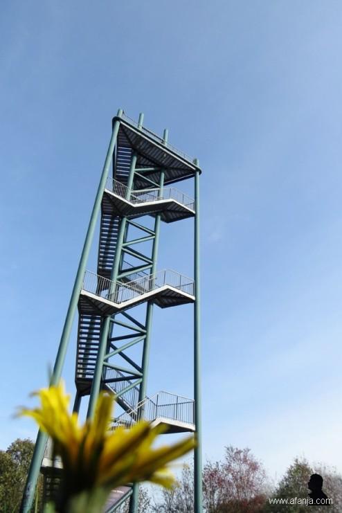 aan de voet van de toren - 7