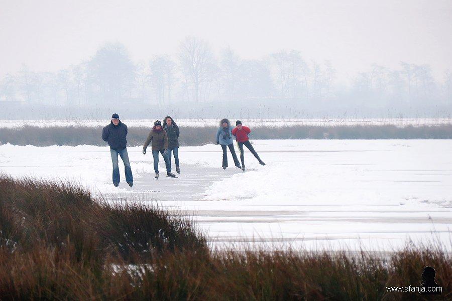 schaatsers in de Jan Durkspolder 4