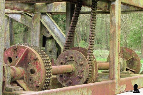 1. een oude golfmachine - 110414-1505x